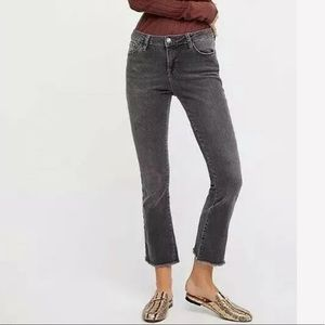 FREE PEOPLE Straight Leg Cropped Jeans